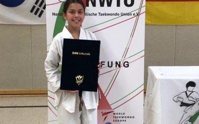 Meisterschülergrad für Sportlerin des Taekwondo Zülpich